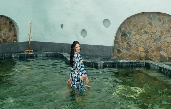 """Lan Ngọc """"chẳng muốn về"""" khi trải nghiệm tắm khoáng tại Minera Hot Springs Bình Châu ảnh 5"""
