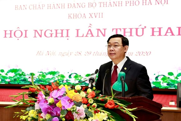 Bí thư Thành ủy Hà Nội Vương Đình Huệ phát biểu khai mạc hội nghị. Ảnh: Dangcongsan.vn