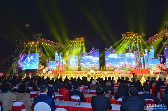 Toàn cảnh Lễ kỷ niệm 990 năm danh xưng Nghệ An. Ảnh: Báo Nghệ An