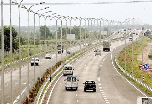 Cần hơn 746.000 tỷ đồng hoàn thành 5.000km đường cao tốc