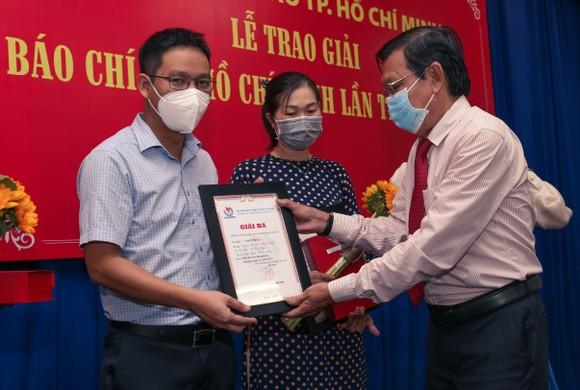 Báo SGGP đoạt 8 giải Báo chí TPHCM năm 2021 ảnh 3