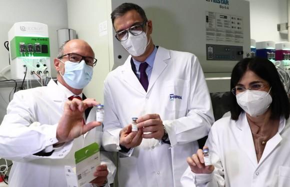 T&T Group xúc tiến mua 50 triệu liều vaccine phòng Covid-19 từ châu Âu ảnh 3
