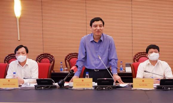 Chủ nhiệm Ủy ban Văn hóa, Giáo dục của Quốc hội Nguyễn Đắc Vinh phát biểu tại buổi làm việc