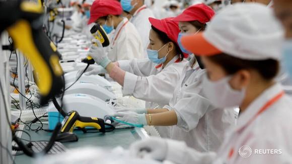 Hình ảnh máy thở của Vingroup trên AFP, Bloomberg, Reuters gây sốt ảnh 1