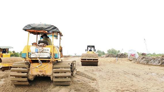 Thủ tướng yêu cầu tiếp tục nghiên cứu các giải pháp thi công, đẩy nhanh tiến độ dự án