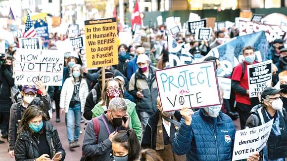 Bầu cử Tổng thống Mỹ 2020: Thắng, bại vẫn chưa định đoạt ảnh 1