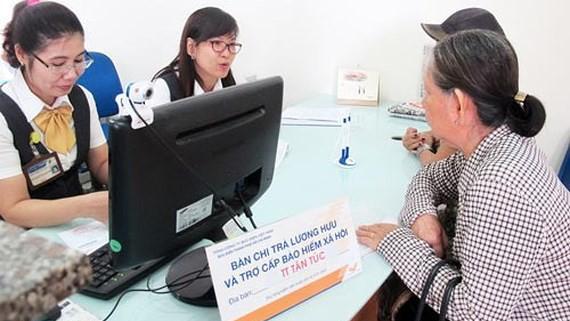 Tăng tuổi nghỉ hưu, tác động đến hơn 12.000 người lao động ở TPHCM ảnh 2