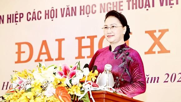Chủ tịch Quốc hội Nguyễn Thị Kim Ngân phát biểu tại đại hội