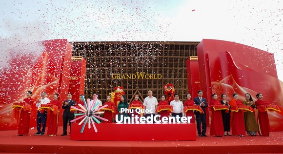 Vingroup khai trương Siêu quần thể nghỉ dưỡng, vui chơi, giải trí hàng đầu Đông Nam Á - Phú Quốc United Center ảnh 2