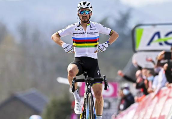 Những ứng viên áo vàng Tour de France 2021 không mang quốc tịch Slovenia ảnh 3