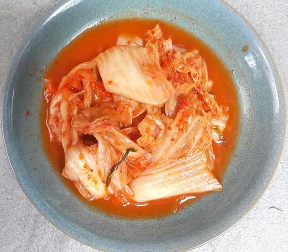 Thật khổ sở khi đi kiếm nguyên liệu để làm những món ăn vừa ngon vừa bổ ruột trong mùa dịch