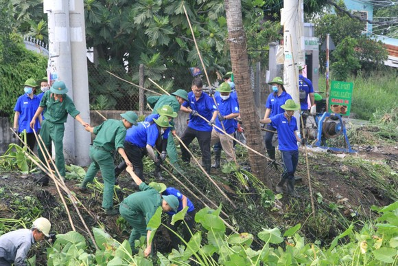 Chung tay cải thiện vệ sinh môi trường ảnh 1