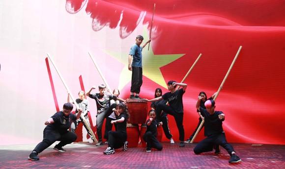 Lễ trao giải Quả bóng vàng Việt Nam 2020 rộn ràng trước giờ G ảnh 6