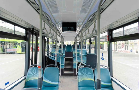 VinBus chính thức vận hành xe buýt điện thông minh đầu tiên tại Việt Nam ảnh 5