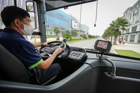 VinBus chính thức vận hành xe buýt điện thông minh đầu tiên tại Việt Nam ảnh 7