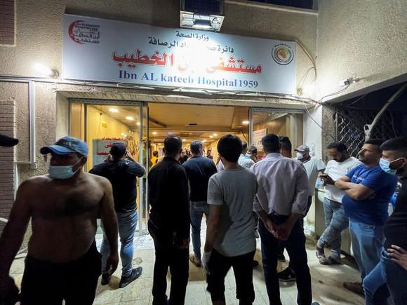 Hỏa hoạn nghiêm trọng tại bệnh viện ở thủ đô Iraq, ít nhất 27 người thiệt mạng ảnh 1