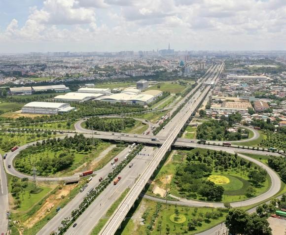 TPHCM đẩy nhanh tiến độ dự án giao thông ảnh 2