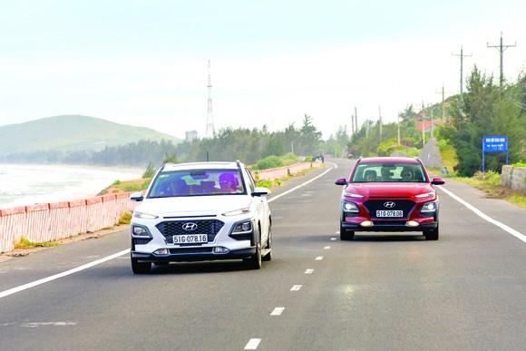 Hyundai Kona và Elantra khuyến mại tới 40 triệu đồng ảnh 1