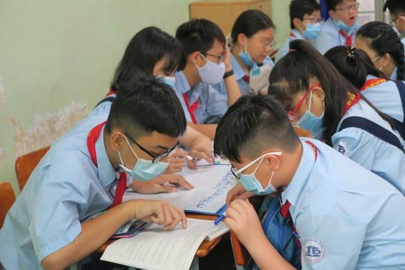 Tuyển sinh lớp 10 tại TPHCM: Cân nhắc phương án thi tuyển kết hợp xét tuyển ảnh 1