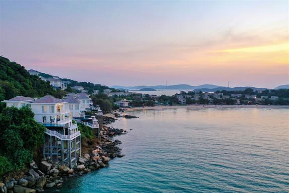 Nội lực mạnh mẽ cùng nhiều xung lực mới, Nam Phú Quốc là 'ngôi sao' trên thị trường bất động sản biển ảnh 3