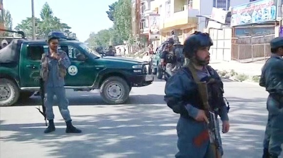 Đánh bom xe ở thủ đô Afghanistan, hàng chục người thương vong ảnh 1