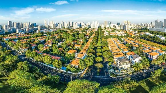 Khu đô thị Phú Mỹ Hưng là hình mẫu điển hình cho việc quy hoạch đồng bộ giữa diện tích đất tự nhiên và dân số.