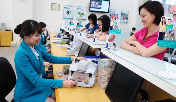 Lợi nhuận ngân hàng tăng mạnh trong bối cảnh dịch Covid-19 tác động xấu đến tăng trưởng kinh tế  Ảnh: Phan Lê