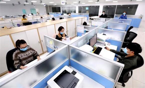 Bất động sản cho thuê văn phòng gặp khó do dịch COVID-19.