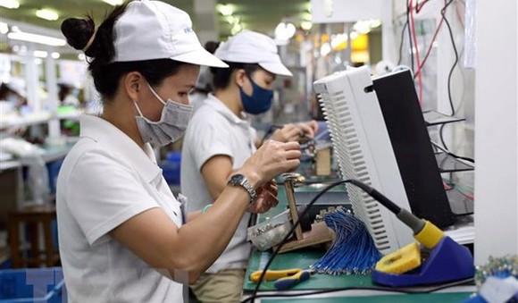 Dây chuyền sản xuất, lắp ráp linh kiện cho bếp gas tại khu công nghiệp, đô thị VSIP Hải Phòng.