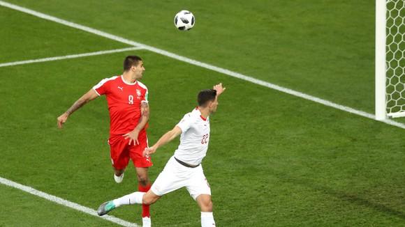 Serbia - Thụy Sĩ 1-2, Shaqiri quật ngã Serbia phút cuối ảnh 1