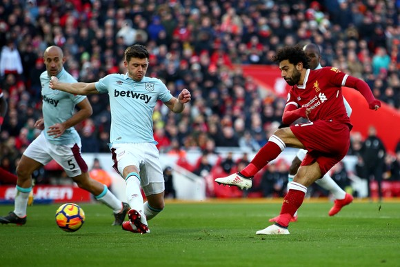 Mo Salah có thẻ sẽ ghi bàn trên sân nhà.