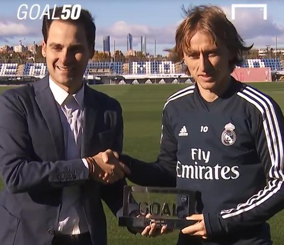 Luka Modric đánh bại Ronaldo và Salah để đoạt giải Cầu thủ xuất sắc nhất năm ảnh 1
