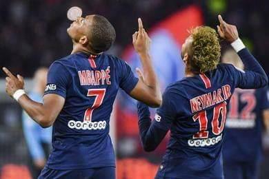 Neymar và Mbappe hiện diện trong bất cứ đội hình tiêu biểu nào ở Pháp