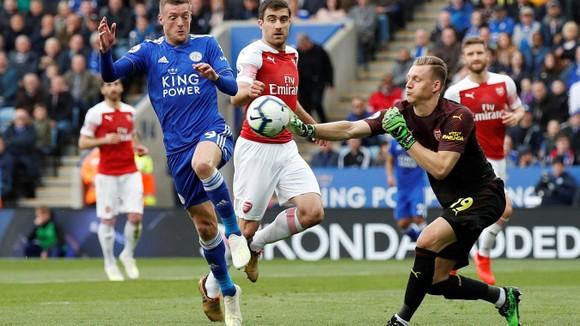 TRỰC TIẾP Leicester City - Arsenal: Pháo thủ lâm nguy ảnh 4