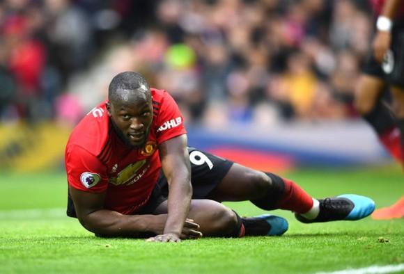 Romelu Lukaku có lẽ chẳng cop2n ra sân lần nào nữa cho Qujỷ đỏ