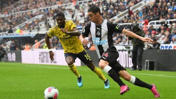 Newcastle - Arsenal 0-1, Aubameyang giúp Pháo thủ hạ gục Chích chòe ảnh 3