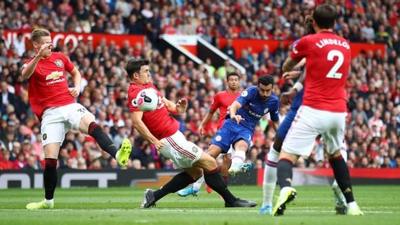 Man United thắng Chelsea bằng đội hình trẻ nhất ngày mở màn Premier League
