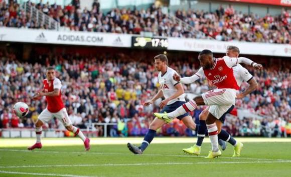Arsenal - Tottenham 2-2 Lacazette và Aubameyang giúp Pháo thủ lội ngược dòng. ảnh 6