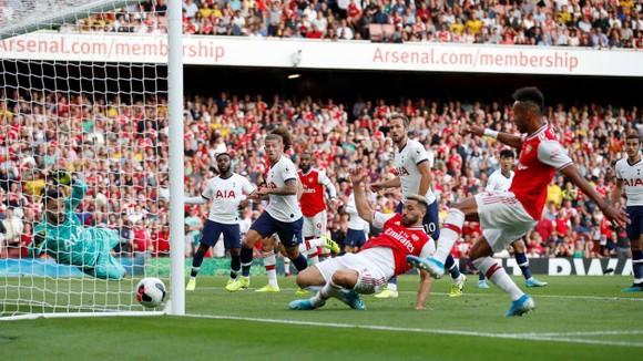 Arsenal - Tottenham 2-2 Lacazette và Aubameyang giúp Pháo thủ lội ngược dòng. ảnh 7