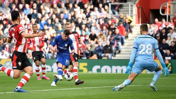Southampton - Chelsea 1-4: Ngón đòn phản công sát thủ ảnh 2