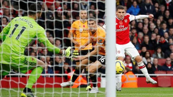Arsenal - Wolves 1-1: Aubameyang tạo dấu ấn, Jimenez ghi tuyệt phẩm ảnh 5