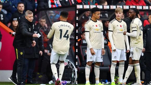 Bournemount - Man United 1-0: Joshua King nhấn chìm Quỷ đỏ ảnh 7