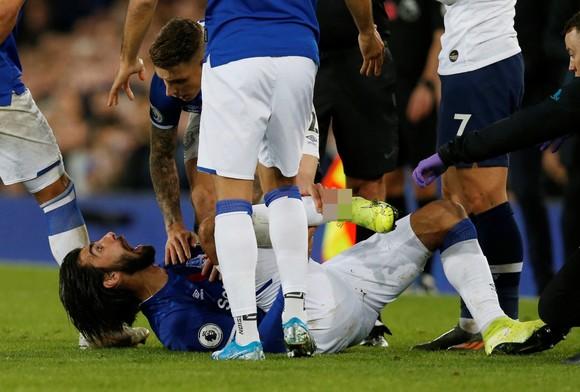 Andre Gomes sẽ phẫu thuật cổ chân bị gãy ảnh 6