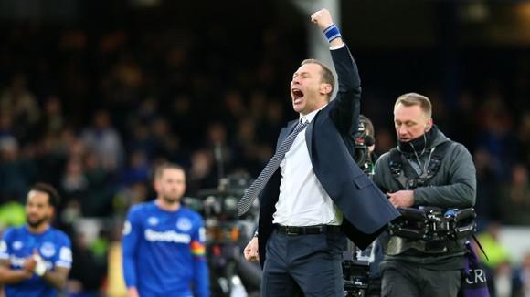 Everton - Chelsea 3-1: Calvert-Lewin nhấn chìm The Blues để đền ơn Ferguson ảnh 8