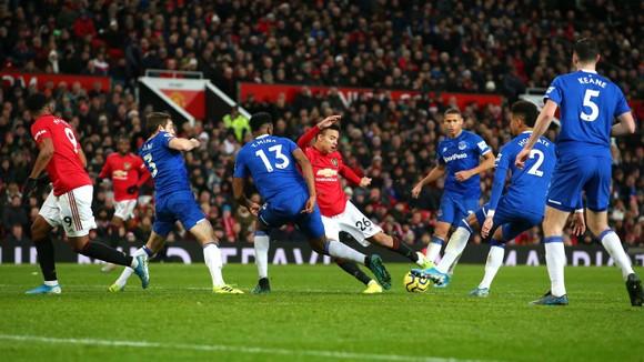 TRỰC TIẾP Man United - Everton: Cơ hội cho Quỷ đỏ ảnh 7