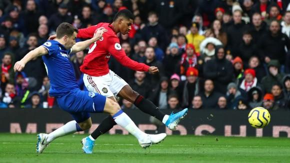 Man United - Everton 1-1: Lindelof đốt lưới nhà, Greenwood tỏa sáng