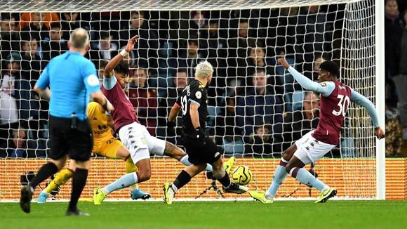 Aston Villa - Man City 1-6: Hattrick giúp Kun Aguero lập kỷ lục ghi bàn ảnh 4