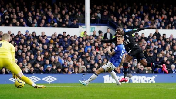 Richarlison tỏa sáng giúp Everton thắng Crystal Palace 3-1, bấm còi qua mặt Man United ảnh 6
