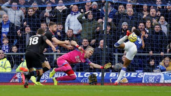 Richarlison tỏa sáng giúp Everton thắng Crystal Palace 3-1, bấm còi qua mặt Man United ảnh 8