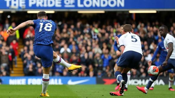 Chelsea - Tottenham 2-1: Giroud và Marcos Alonso lập siêu phẩm, Lampard hạ gục Mourinho ảnh 5